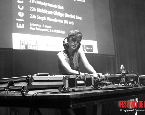 Steph Wunderbar | Electronic DJ And Artist -